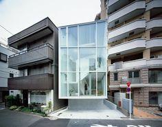 LIFE IN SPIRAL: APERTURE E CHIUSURE SULLA CITTÀ DI TOKYO