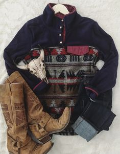 Basic tee woman's fashion woman's style fashion on the go western fashion pullover simple fashion winter fashion Source by keyleeo clothing simple Preppy Outfits, Country Outfits, Western Outfits, Western Wear, Cute Outfits, Western Style, Summer Outfits, Rodeo Outfits, Country Wear