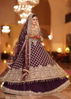 Buy Leading Designer Suits online perfect for Weddings and traditional occasions. Choose from our wide collection of Leading Designer Suits and ace the luxurious look at any party at affordable prices. Indian Wedding Gowns, Pakistani Wedding Outfits, Pakistani Wedding Dresses, Pakistani Dress Design, Asian Bridal Dresses, African Prom Dresses, Indian Gowns Dresses, Bridal Outfits, Shadi Dresses