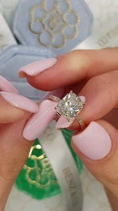 Radiant Cut Engagement Rings, Dream Engagement Rings, Princess Cut Rings, Gold Engagement Rings, Engagement Ring Settings, Different Engagement Rings, Princess Wedding Rings, Most Beautiful Engagement Rings, Jewelry Rings