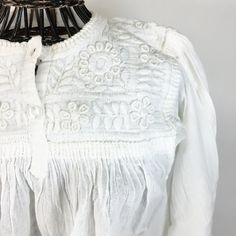 Three Button White on White Embroidered Long Sleeve Blouse, Chiapas by Zinnia Folk Arts Mexican Shirts, Mexican Blouse, Mexican Outfit, Mexican Textiles, Mexico Style, Mexican Designs, White Embroidery, Embroidery Patterns, Mexican Folk Art