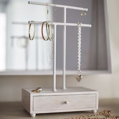 Nora Necklace Stand | PBteen
