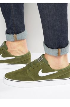 differently df897 663f2 Shop Nike SB Zoom Stefan Janoski Trainers In Green at ASOS.