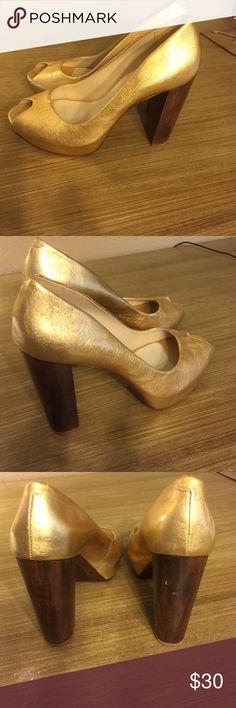 Aldo gold heels Aldo gold heels Aldo Shoes Heels