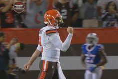 Touchdown Browns. Johnny Manziel completes 21-yard pass to Shane Wynn.