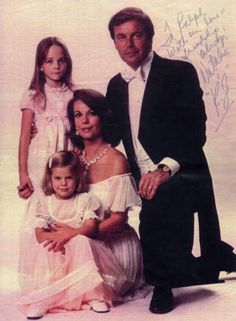 Natalie Wood and Robert Wagner. Love how mommy is also holding hands with her oldest daughter, Natasha Gregson Wagner (b. 1971, father Richard Gregson, a film producer). Youngest daughter is Courtney Brooke Wagner (b. 1974).