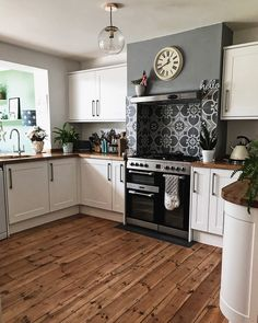 Kitchen Decor Ideas for Walls . Kitchen Decor Ideas for Walls . Makeover Your Kitchen Cabinets for More Storage and Wood Kitchen Cabinets, Wooden Kitchen, Kitchen Chairs, Kitchen Tiles, Kitchen Flooring, New Kitchen, Kitchen Decor, White Cabinets, Kitchen Counters