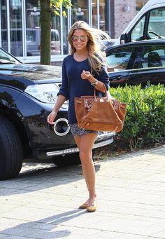 Sylvie Meis: Auf zum Lunch-Date! Sylvie kombiniert zur ihrer Hermès-Tasche (5.000 Euro aufwärts) passende Ballerina.