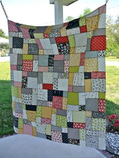 This fabric has color combos like the Circa 1934 fabric for the girls' quilts and this pattern will be perfect!
