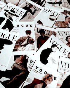 Vogue aesthetic You are in the right place about wallpaper riverdale Here we offer you the most beautiful pictures about the wallpaper phone you are looking for. When you examine the Vogue aesthetic part of the picture you can get the massage we want to … Moda Wallpaper, Vogue Wallpaper, Fashion Wallpaper, Classy Wallpaper, Black Wallpaper, Bedroom Wall Collage, Photo Wall Collage, Picture Wall, Vogue Vintage