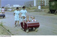 Krippenwagen 1970 auf dem Rosenfelder Ring in Berlin