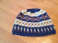 Honeycomb Stitches & Peppermint Tea: Free Fair Isle Hat Pattern