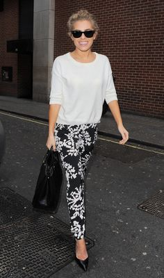 Mollie King arriving at Kiss Fm studio in London - March 21, 2013 - Photo: Runway Manhattan/GoffPhotos