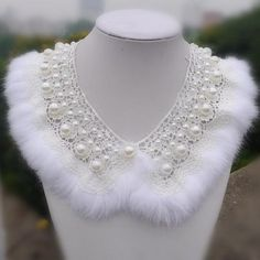 Idea: Rabbit fur collar with pearls / Jewelry Streeta Pearl Jewelry, Beaded Jewelry, Jewelery, Fur Accessories, Collars For Women, Neck Piece, Fabric Manipulation, Fur Collars, Mode Inspiration