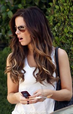 Dark Brown Hair with Highlights hairstyle | Neno Fashion Blog