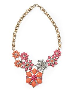 Piperlime | Cabachon Floral Bib Necklace