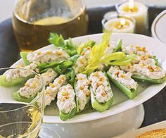 Thanksgiving Potluck: Nutty Cream Cheese-Stuffed Celery (via Parents. Light Appetizers, Yummy Appetizers, Appetizers For Party, Appetizer Recipes, Appetizer Ideas, Party Nibbles, New Recipes, Cooking Recipes, Healthy Recipes