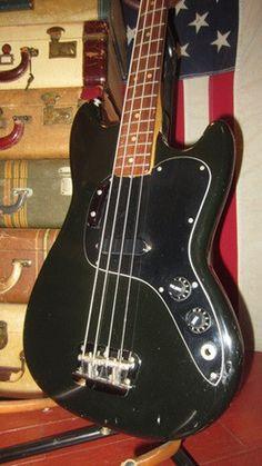 Vintage original 1978 Fender Musicmaster Bass Black