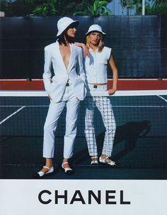 Chanel Spr/Sum 1996 - Shalom Harlow & Amber Valletta by Karl Lagerfeld