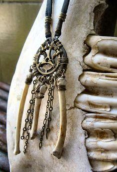 Witchy bone jewelry Hero of Alexandria Pigeon Bone and by AdornedImmortal Bone Jewelry, Tribal Jewelry, Jewelry Art, Jewelry Design, Larp, Vikings, Post Apocalyptic Fashion, Bone Crafts, Animal Bones