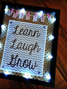 We LOVE this back-to-school inspirational marquee! Such an easy project to light up a room. :) Get everything you need right at joann.com