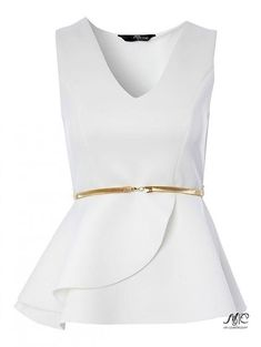 White is still looking so right for this season. This sleek peplum top features a v-neck, wrap detail peplum and metal gold belt. Work it with a figure huggi. - ladies frilly blouses, tops and blouses for ladies, purple blouse *ad Peplum Shirts, Sexy Shirts, Blouse Styles, Blouse Designs, White Peplum Tops, White Tops, Formal Tops, Mode Top, Mode Inspiration