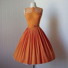 1950s dress. Love this neckline