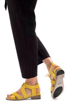 322 Best Shoe's got style images | Shoes, Me too shoes, Shoe