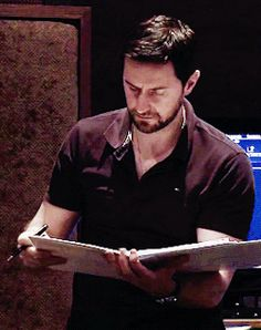 Richard Armitage Behind The Scenes in The Hobbit Trilogy (2012-2014) (gif)