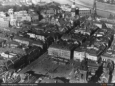Luftbild. Im Vordergrund der Altmarkt.