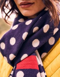 Joules Jacquelyn Womens Jaquard Scarf - Navy Spot Nautical Fashion, Blue Fashion, Nautical Looks, Classic Chic, Joules, Pastel Blue, Shades Of Blue, Womens Scarves, Plaid Scarf