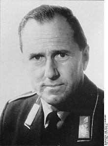 Bundesarchiv Bild 183-J1112-0206-004, Günther Rall.jpg
