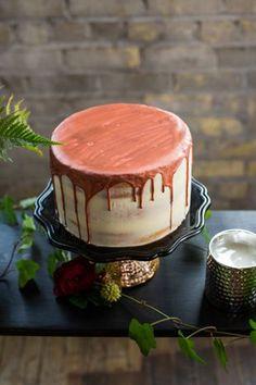 nice Pièce montée 2017 - Idée de gâteau de mariage moderne - idée de gâteau de mariage goutte à goutte - mariage à un niveau, semi-nu ...