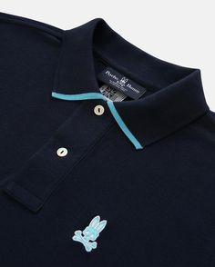Bring some sophisticated fun to the season with bright contrasting color details on the collar trim as well as the cuff. Made from 100% cotton, no Psycho Bunny polo would be complete without our signature mother-of-pearl buttons and the Psycho Bunny logo embroidery.