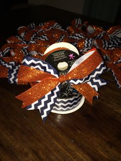 Practice cheer bows this year. Orange glitter w navy chevron, can't go wrong!
