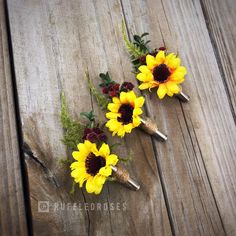 Rustic Sunflower Boutonnière * Summer - Fall Wedding Boutonniere or Corsage for Outdoor - Indoor - Country - Farm - Natural Wedding List, Rose Wedding, Budget Wedding, Fall Wedding, Wedding Events, Rustic Wedding, Wedding Planning, Dream Wedding, Wedding Ideas