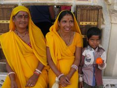 the Tangerine Travel ball goes to #India
