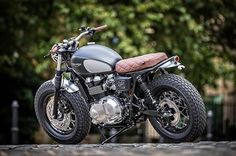 Chunky. Glorious Triumph Bonneville by Down & Out for Dutch of @bikeshedmc #Triumph #Bonneville #Triumphbonneville #Ducati #gentlemensride #Motoguzzi #thruxton #caferacer #caferacers #caferacerdreams #caferacerxxx #caferacerporn #crd #croig #caferacersofinstagram #caferacerstyle #scrambler #streetstyle #mensfashion #fashionistas #mensweardaily #Dapper #BMWmotorad #Bikeexif #silodrome #petrolicious #returnofthecaferacers #Style #bikeshed Images courtesy of @bikeshedmc