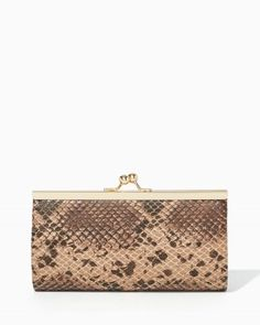Snake Kiss Lock Clutch | charming charlie