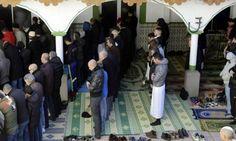 ফ্রান্সে খুলে দেয়া হল শত শত মসজিদ- #islam, #France #ব্রেকিংনিউজ
