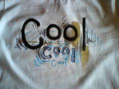 stoftusch på t-shirt