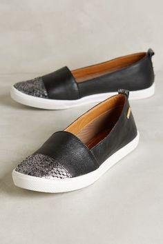 Or black?!? Kaanas Serengeti Python Sneakers - Slip On Sneakers