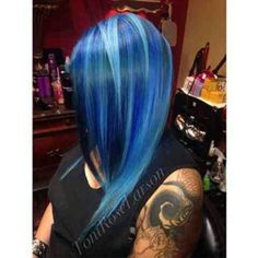 """REPOST from @hairitagesaloncarlsbad We are in love!! Smurf Attack This has become one if my favorites!! It did not start out that way!!! My followers and…"""