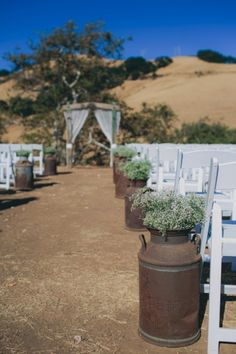 A Glamorous California Ranch Wedding via TheELD.com