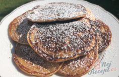 7 minutkove krakovské lívance z jablíčka. Dokonalé měkkoučké lívance bez čekání. | NejRecept.cz Cookies And Cream Milkshake, Cookie And Cream Cupcakes, Cake Mix Cookies, Cake Mix Recipes, Rib Recipes, Easy Cookie Recipes, Kefir, Pancakes, Easy Meals