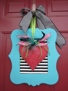 Valentines Door Wreath - so cute!