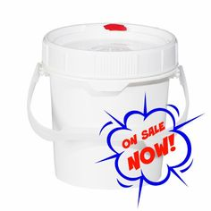 0.6 GALLON -  BPA-Free, Easy-Open, Spin-Lid Food Storage Pails