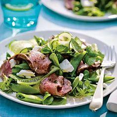 Greek steak salad / #Greek #greeksaladdressingwithmint #salad #steak Dinner For 2, Dinner And A Movie, Dinner Tonight, Healthy Steak, Steak Salad, Salad Dressing, Salad Recipes, Greek, Stuffed Peppers