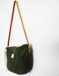 139eeae980d 29 Delightful Waxed Canvas Bags images | Waxed canvas bag, Tote bags ...