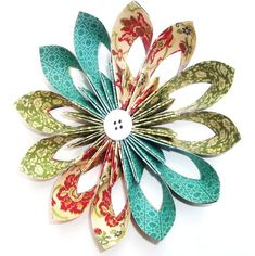 The Craft Life: Amazing Creations by Dana Parlevliet - Graphic handmade flowers by Dana Parlevliet using papers ………………… Origami Paper, Diy Paper, Paper Art, Paper Crafts, Paper Quilling, Handmade Flowers, Diy Flowers, Fabric Flowers, Paper Flower Art